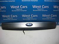 Накладка крышки багажника (панель подсветки номера) Subaru Forester 2005-2007 Б/У