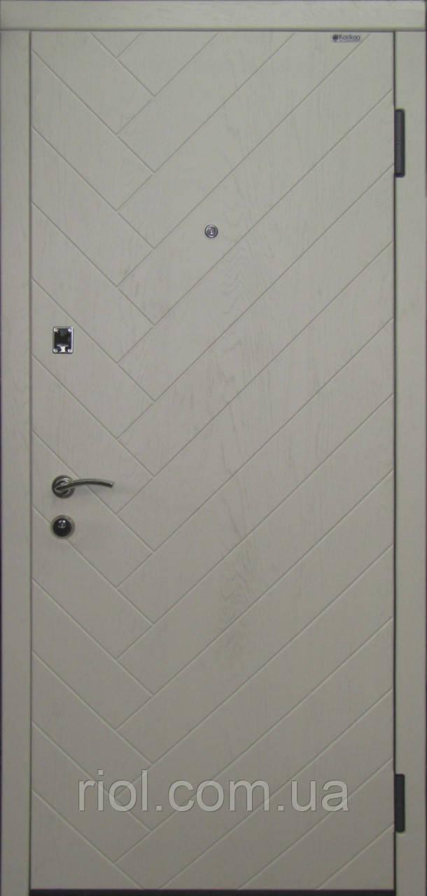 Дверь входная Паркет серии Комфорт ТМ Каскад