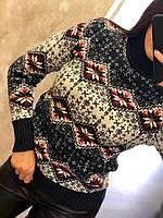 Практичный шерстяной женский свитер с рисунком (вязка)