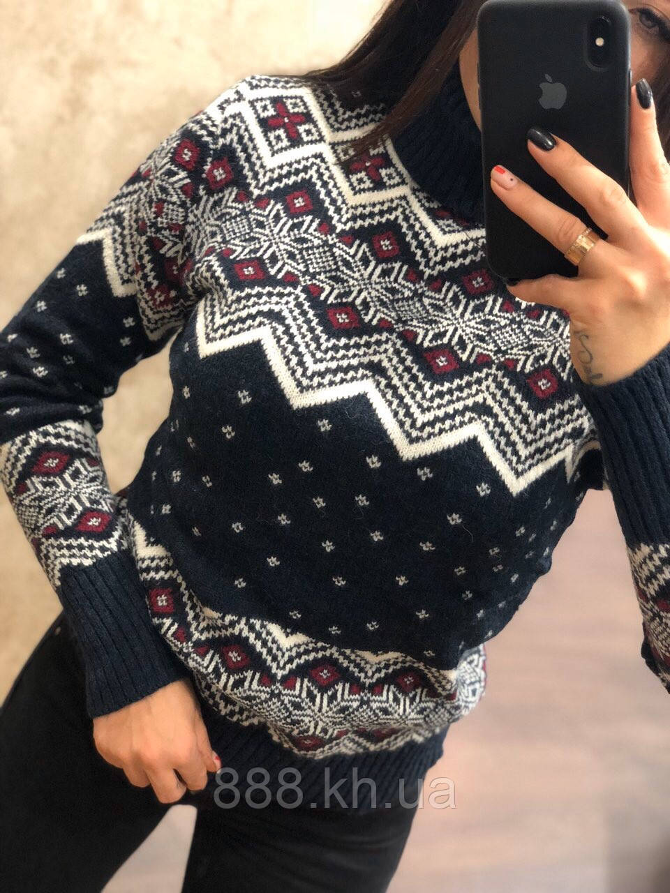 Очень теплый шерстяной женский свитер с рисунком (вязка)