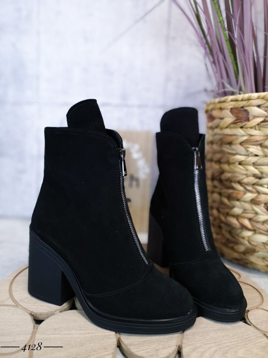 Зимові замшеві черевики на підборах 36-40 р чорний