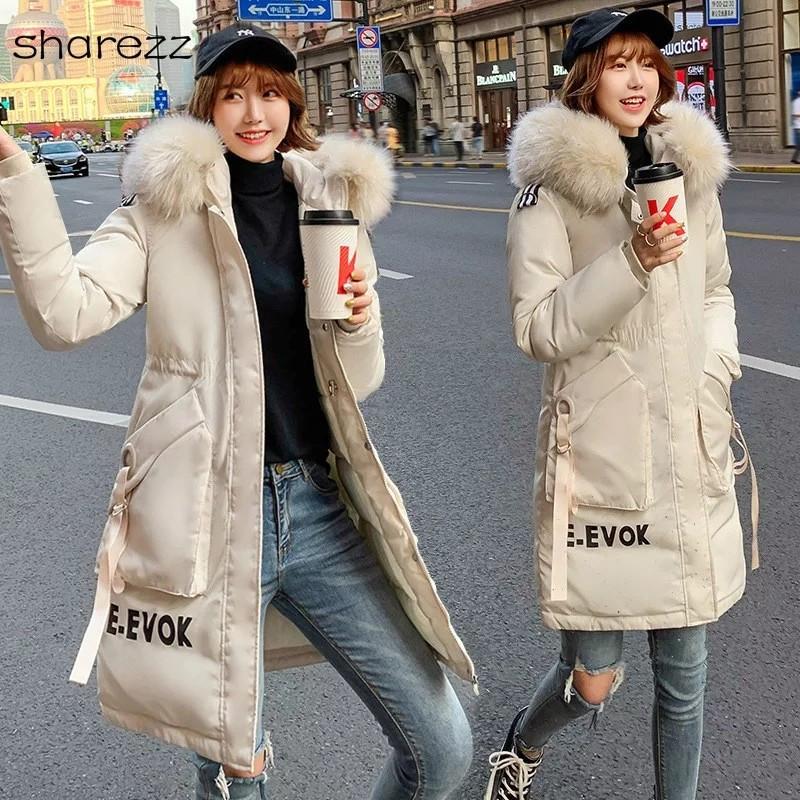 Женский зимний пуховик куртка ассиметрия с надписью капюшон с мехом
