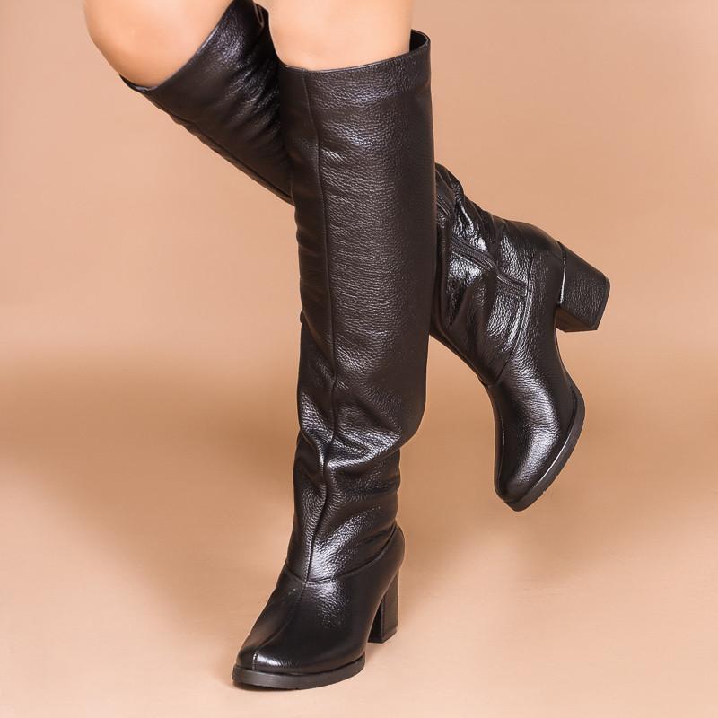 Черные кожаные женские сапоги на среднем каблуке.  Зима, деми. Пошив на любую голень.