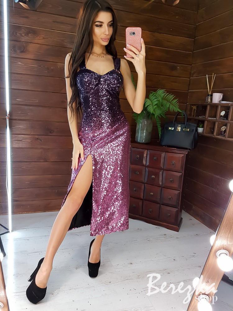 Красивое платье по фигуре из пайеток с градиентом и разрезом tez6603410Е
