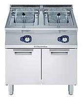 Фритюрница газовая с 2-мя V-образными ваннами по  15 л, (наружные горелки) и 1 корзиной