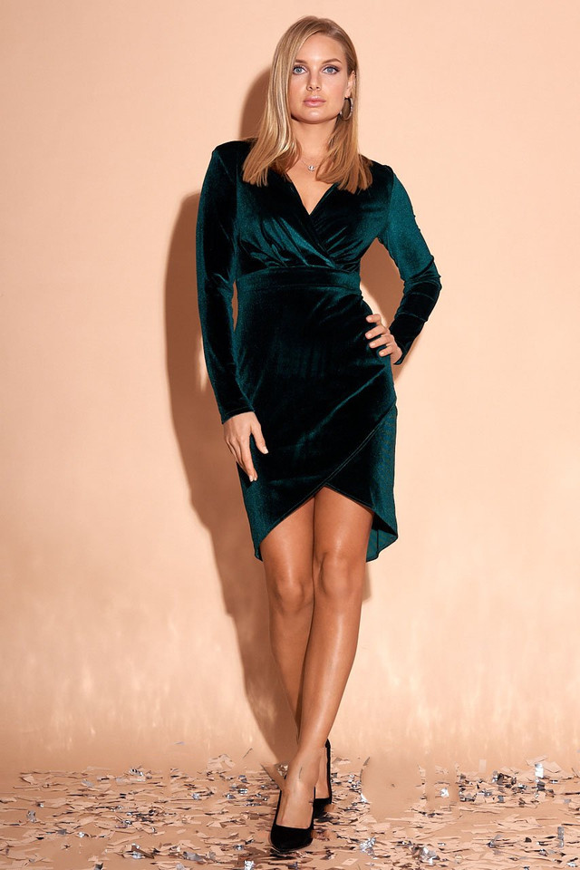Фото Велюрового платья мини Синтия