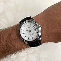 Мужские наручные часы искусственная кожа Kingnuos с датой черные с белым