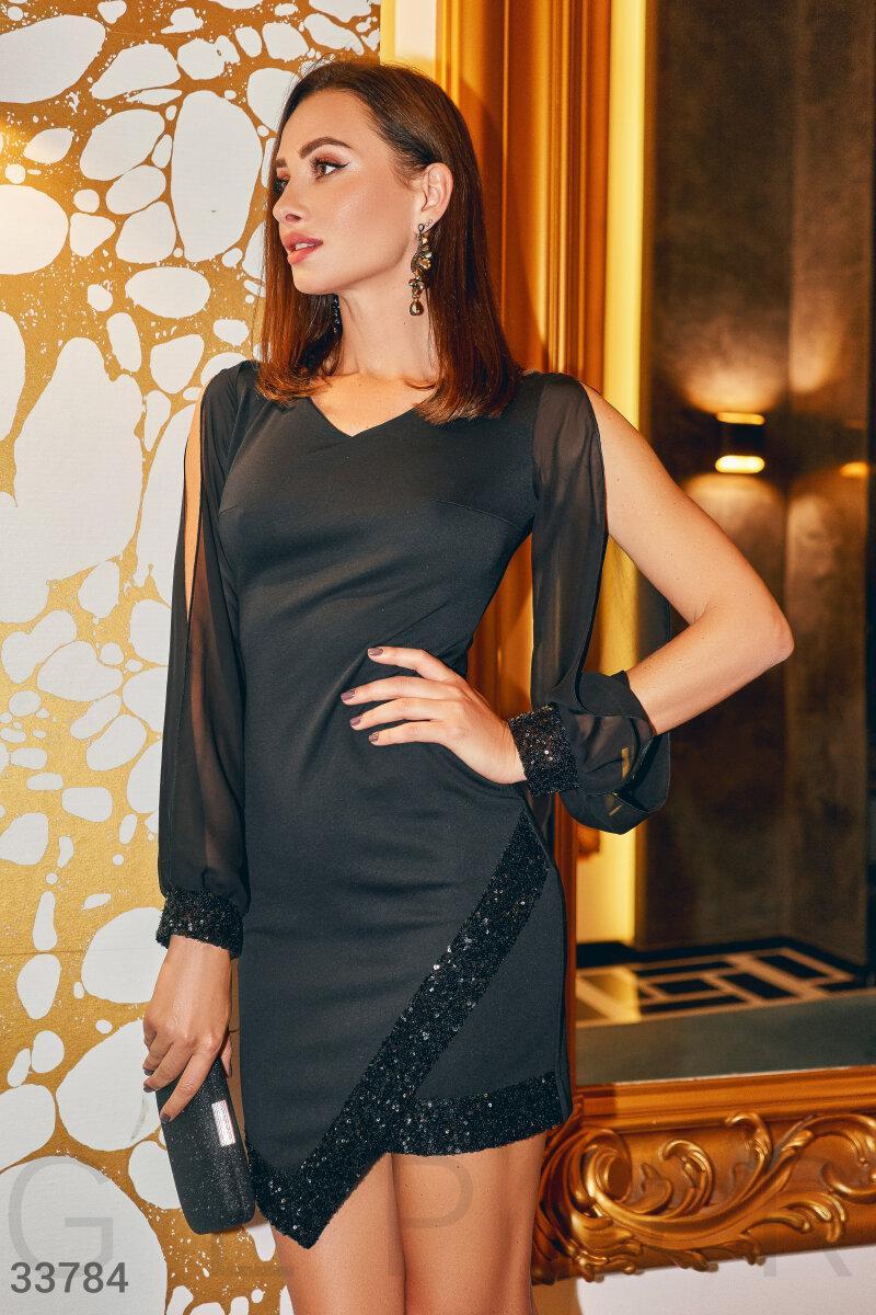 Вечернее платье мини с пайетками