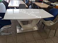 Обеденный стол Vertigo (Вэртиго)