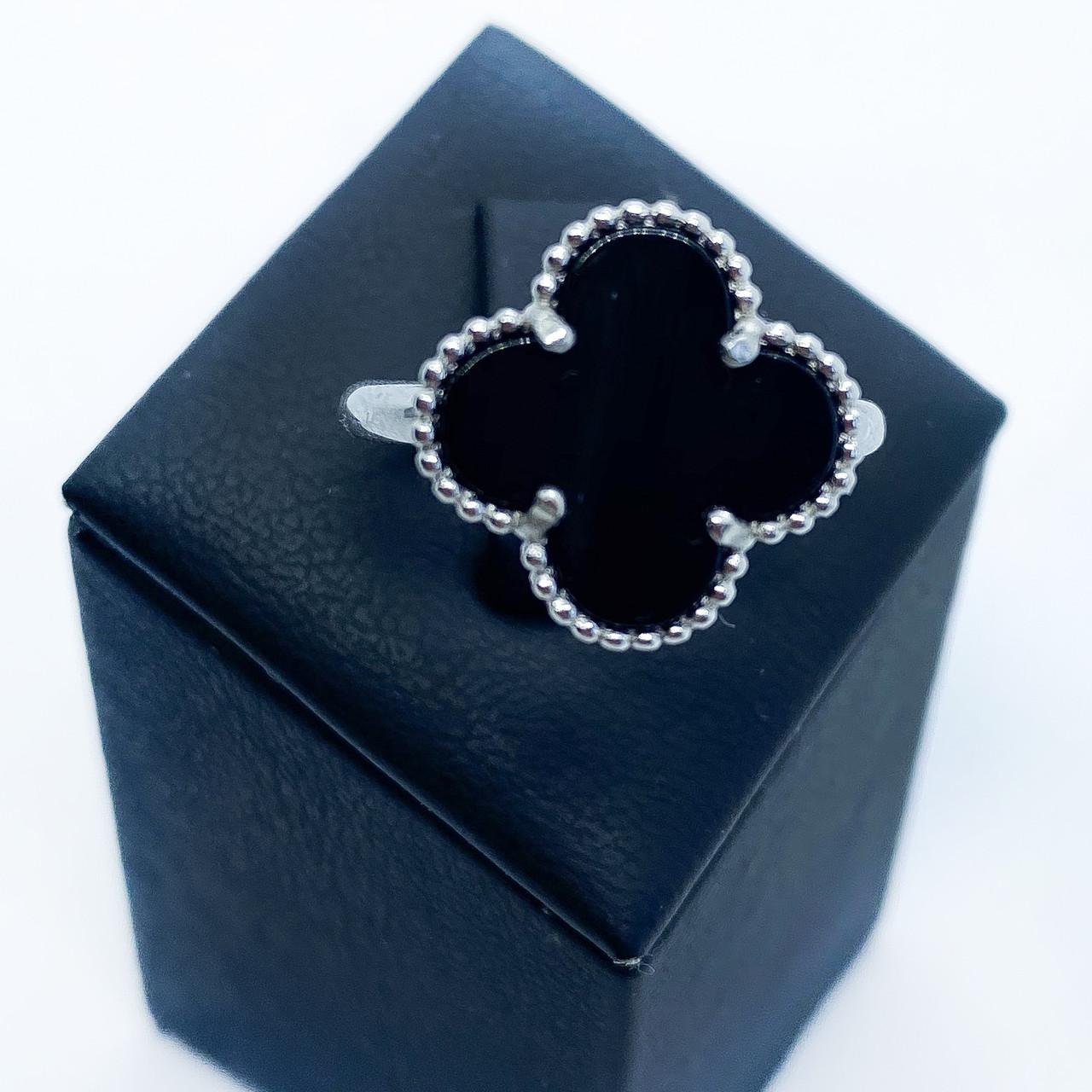 Кольцо из серебра 925 Beauty Bar в стиле Van Cleef с ониксом (размеры 17 -17,5 мм)