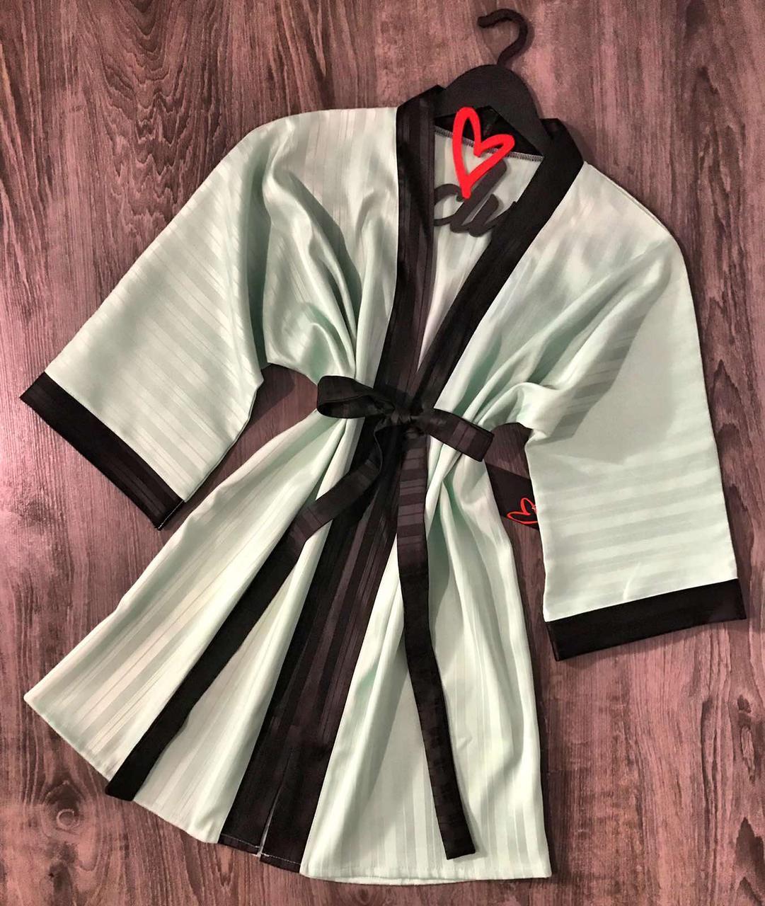 Женский атласный халат мятного цвета. Домашняя одежда.