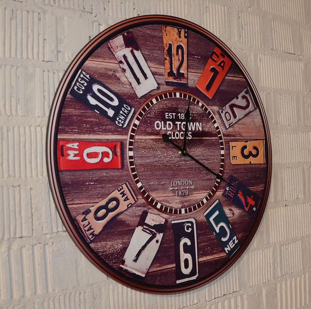 Большие настенные часы (фото)