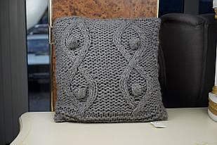 Подушка декоративна сіра в'язана