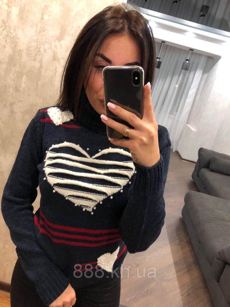 Красивый шерстяной новогодний женский свитер (вязка)