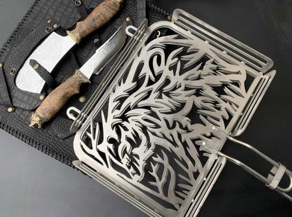 """Подарок мужчине набор для барбекю ручной работы """"Медведь"""" (решетка, нож, топорик), в чехле из натуральной кожи"""