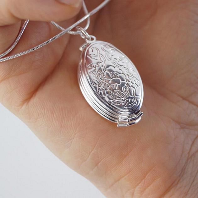 Срібний медальйон фото рамка (4 фото)