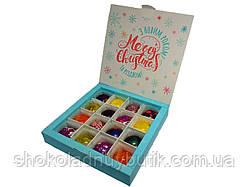 Шоколадные конфеты ручной роботы *Белая рождественская коробка на 16шт.*