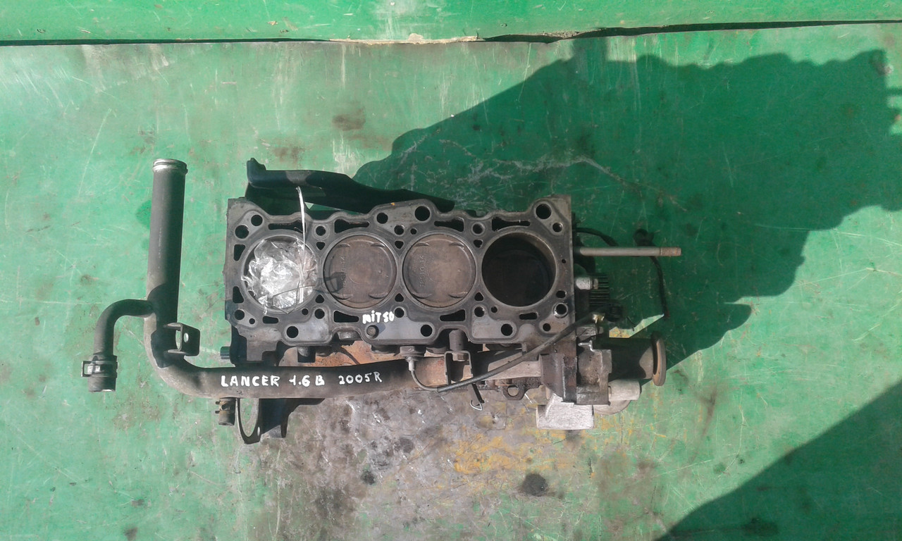 Б/у блок двигателя для Mitsubishi Lancer IX 2005 p. 1.6 B, 4G18, 6A6816