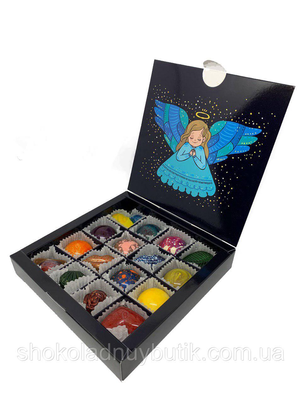 """Коробочка с конфетами ручной работы """"С рождеством""""."""