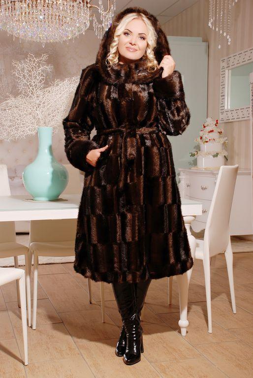Красивая  женская шуба  из эко меха коричневая норка с 44 по 58 размер