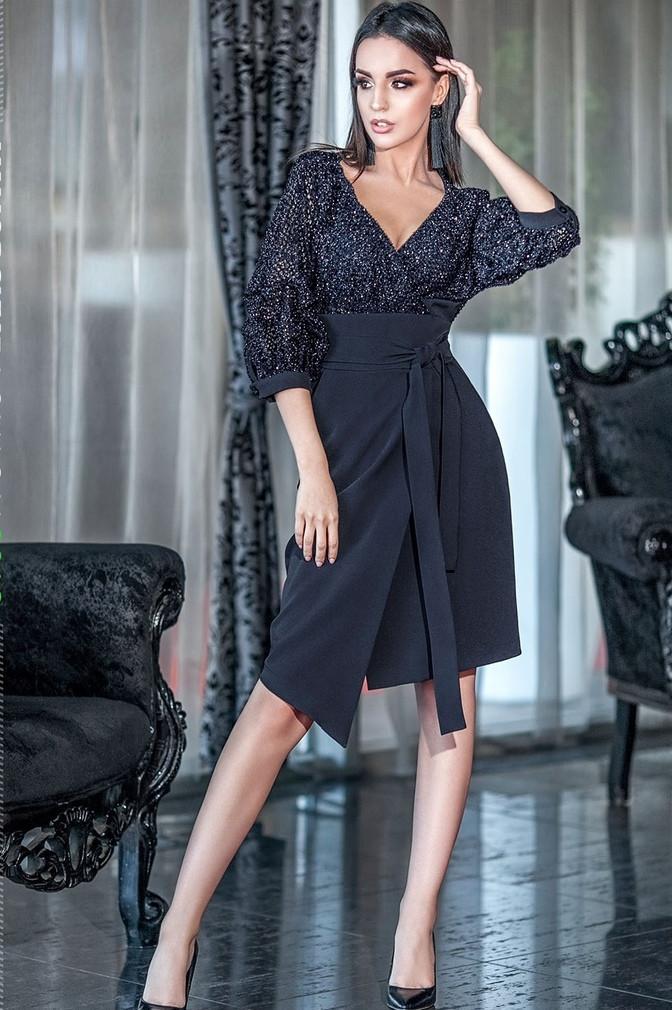 Роскошное женское платье с запахом