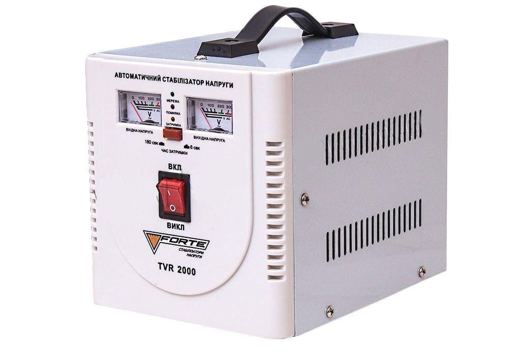 Стабилизатор напряжения Forte TVR 2,0 кВт. Напольный. Аналоговый вольтметр