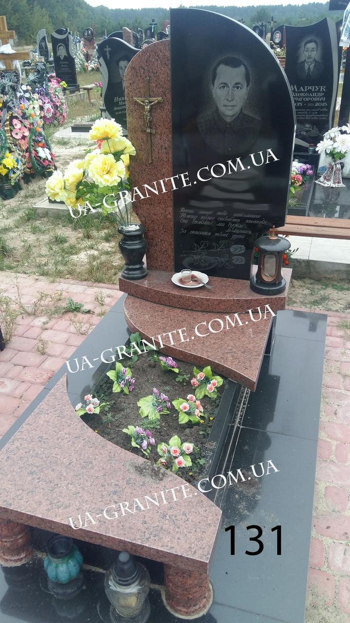 Памятник на могилу для мужчины комбинированный с гранта