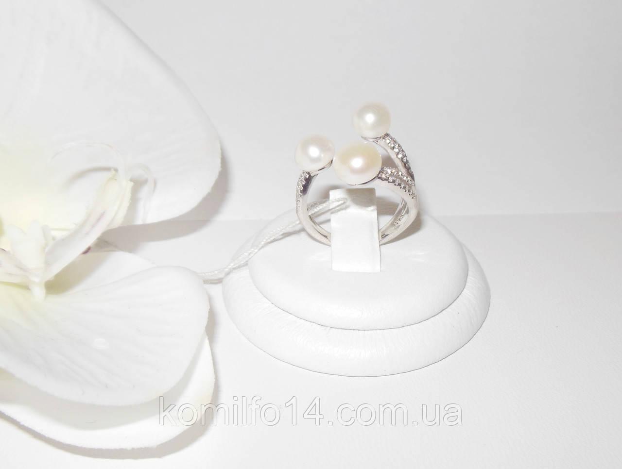 Серебряное кольцо с речным жемчугом