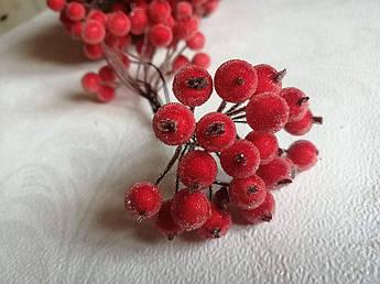 Ягода в сахаре, красная