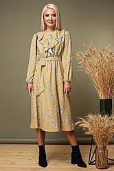Платье со стойкой и пуговицами цветы на желтом