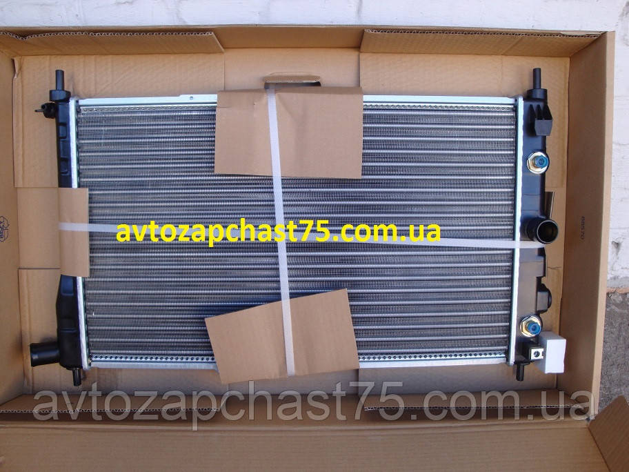 Радиатор Daewoo Nexia 1,5 литра (производитель Nissens, Дания)