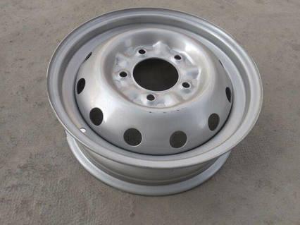 Диск колесный ВАЗ 2121, АвтоВАЗ (16Н2х5.0J 5x139,7 98 ET58) серебро/металлик