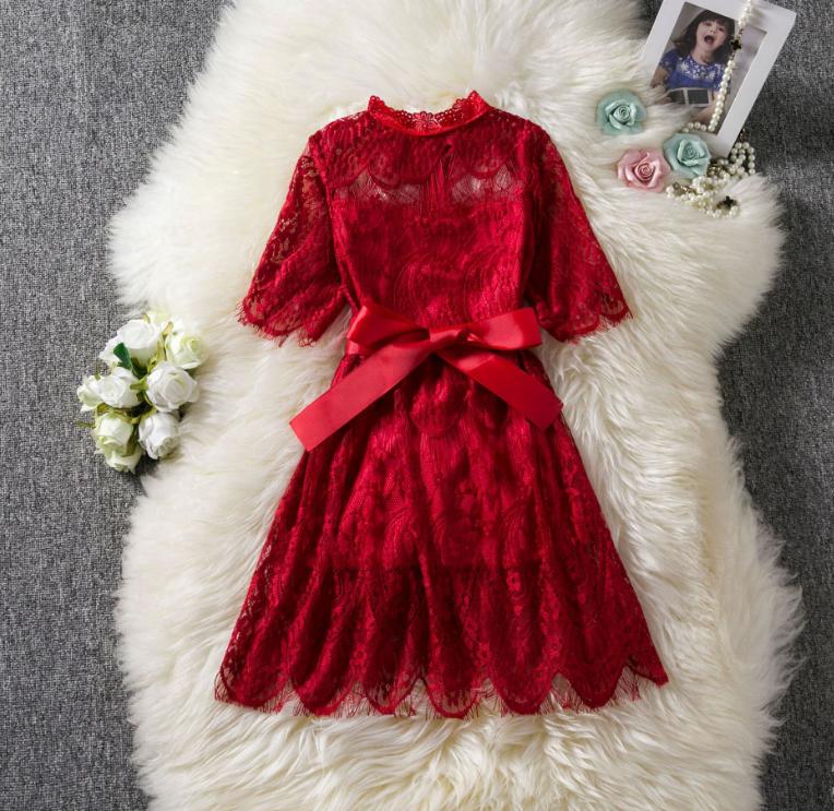 Детское гипюровое платье   140