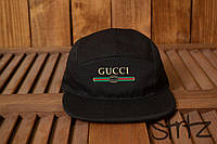 Модная пятипанельная кепка Gucci