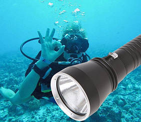 Фонарь Boruit XHP 70.2 для подводной охоты - жёлтый свет