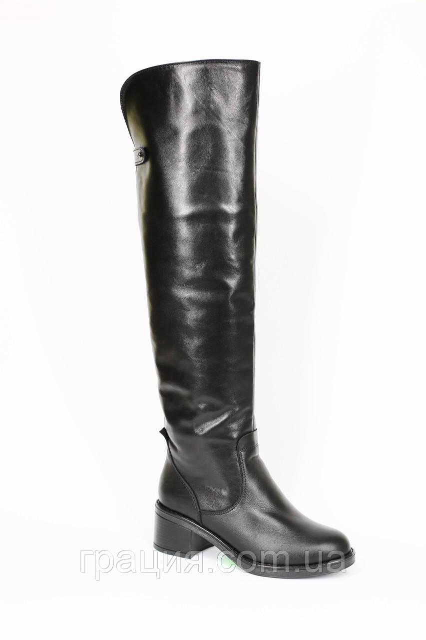 Високі модні жіночі шкіряні зимові чобітки