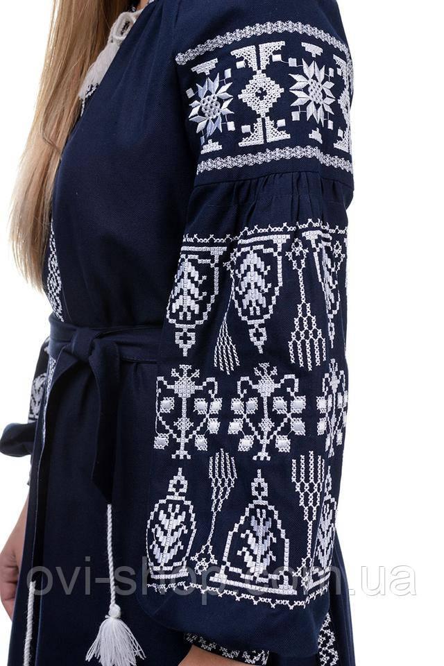 женское платье вышиванка темно-синее