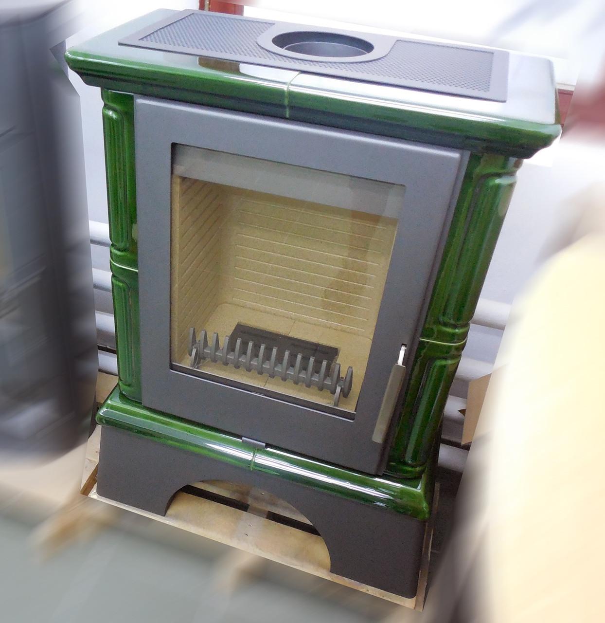 Зеленая кафельная печь камин на дровах Thorma Landshut
