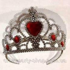 Корона с красным камнем принцессы