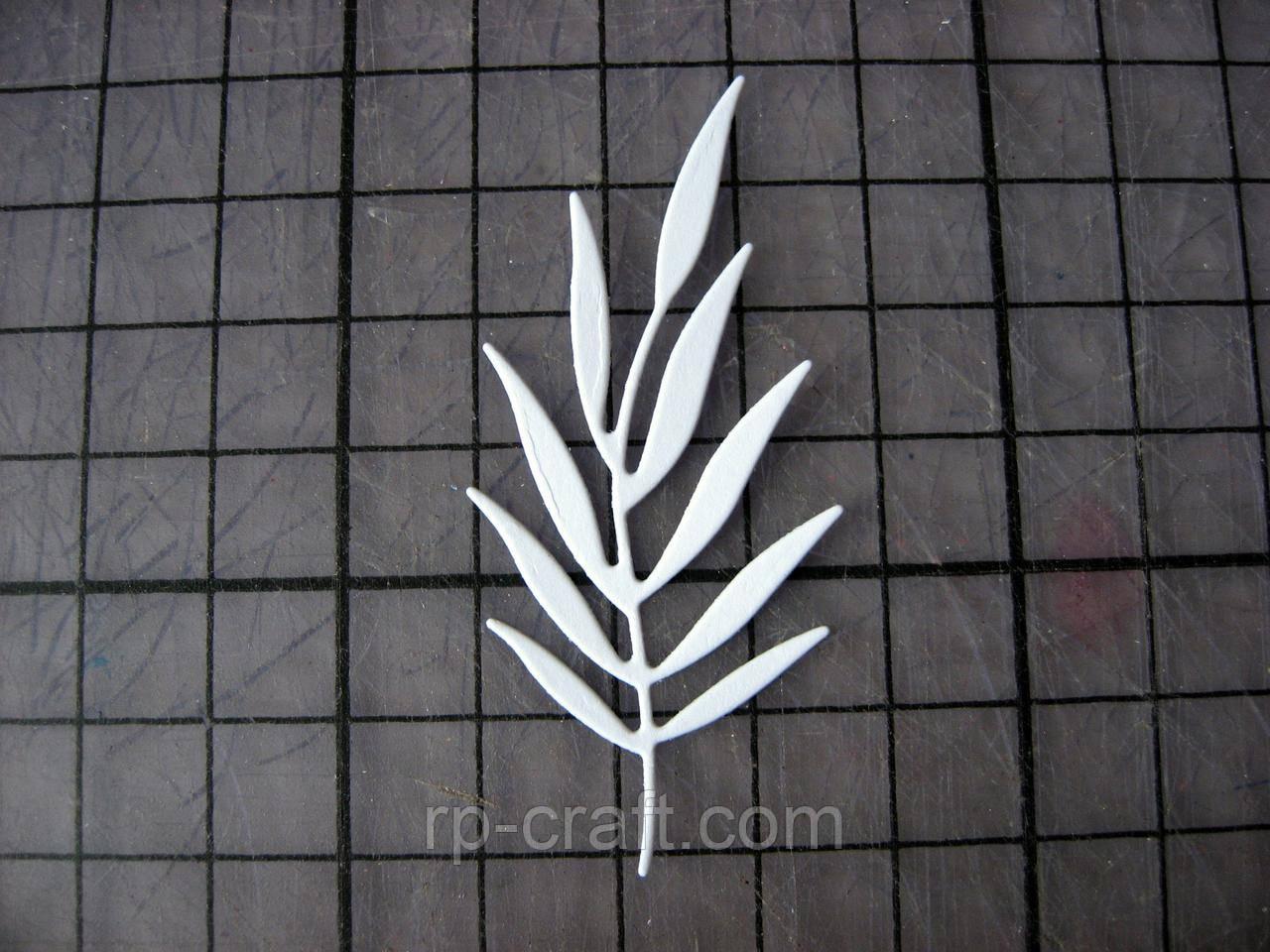 Вирубка з паперу та картону. Гілка рослини, 26х63 мм
