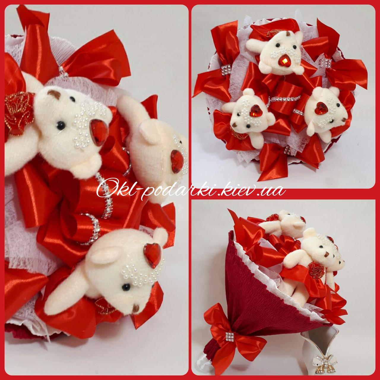 Букет из игрушек мишек Красный