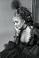 Ювелирные украшения Элизабет Тейлор и Грейс Келли «Ослепительные ван Клиф и Арпельс» будут выставлены на показ