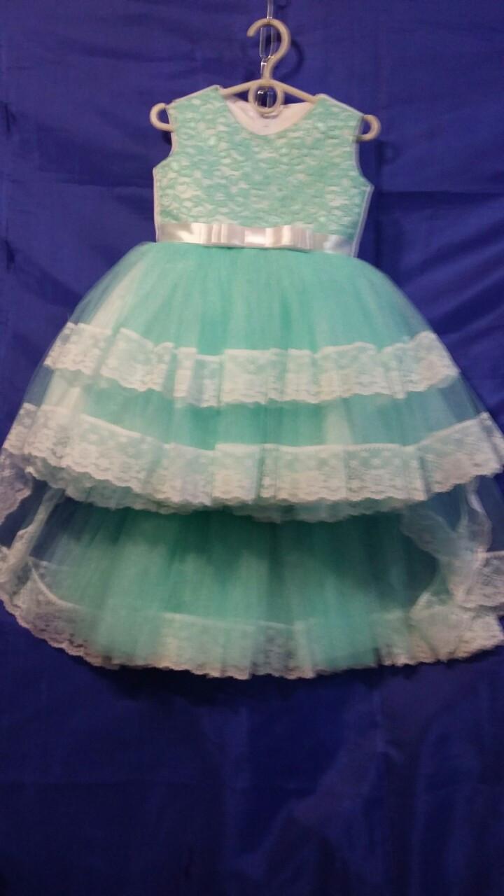 Дитяче плаття зі шлейфом для дівчинки р. 3-4 років опт м'ята