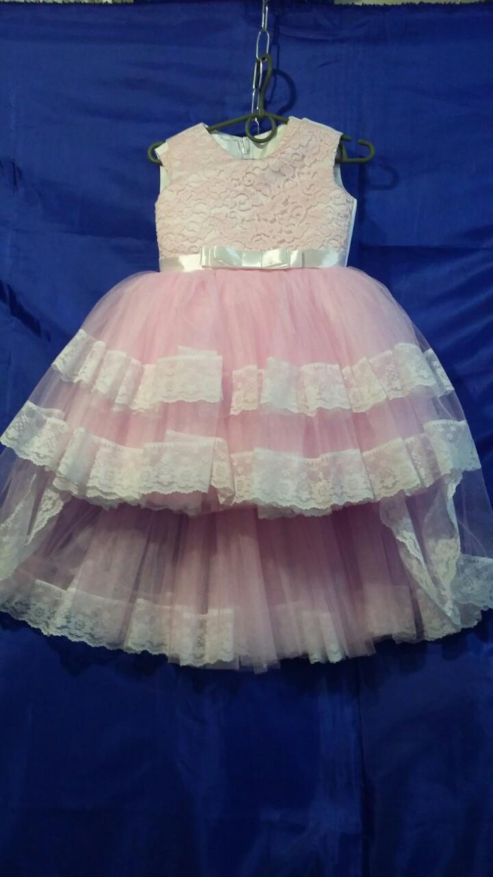 Дитяче плаття зі шлейфом для дівчинки р. 3-4 років опт рожеве