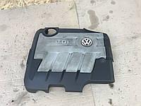 Декоративна кришка двигуна Volkswagen Passat СС