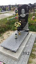Эксклюзивные памятники на могилу из серого гранита