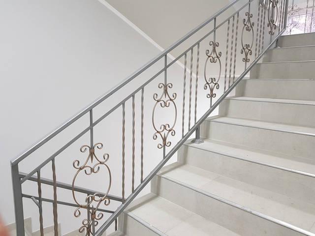 Кованые перила для лестниц  -1