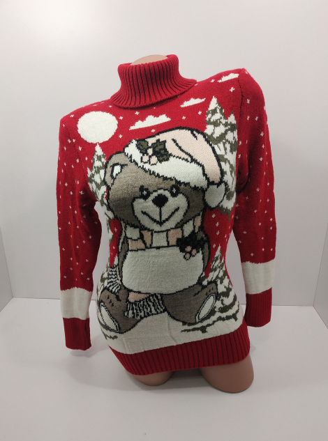 Праздничный новогодний свитер из шерсти