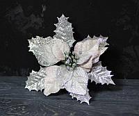 Цветок пуансетии бархатной с люрексом нежно-пудрового цвета, фото 1