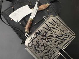 """Набор для барбекю """"Лев 2"""" (решетка, нож, топорик), в чехле из натуральной кожи"""